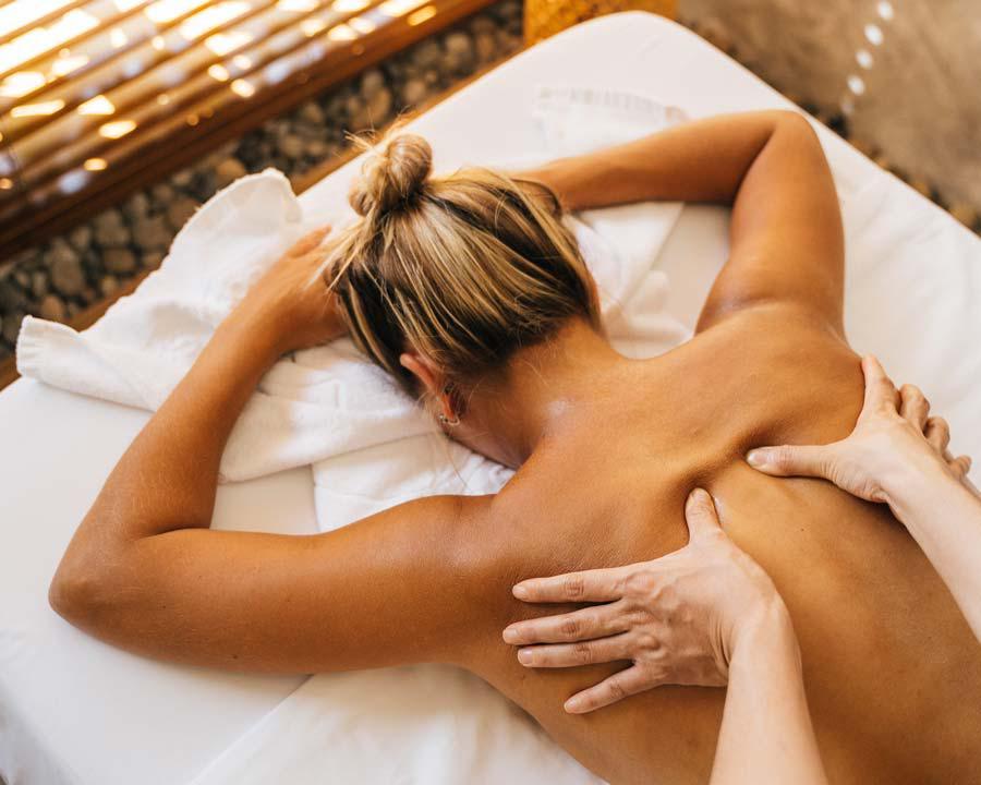 Massage mit CBD Öl